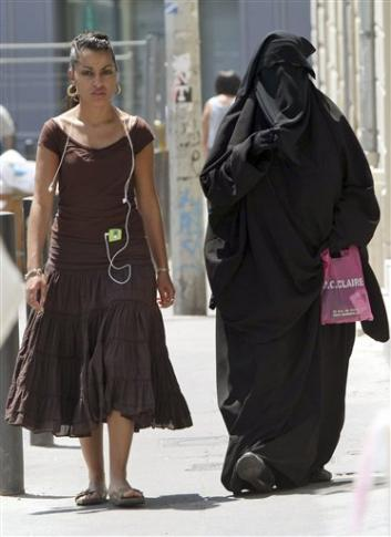 7762fc3e28b7 Europe's Battle of the Burqa : My Site